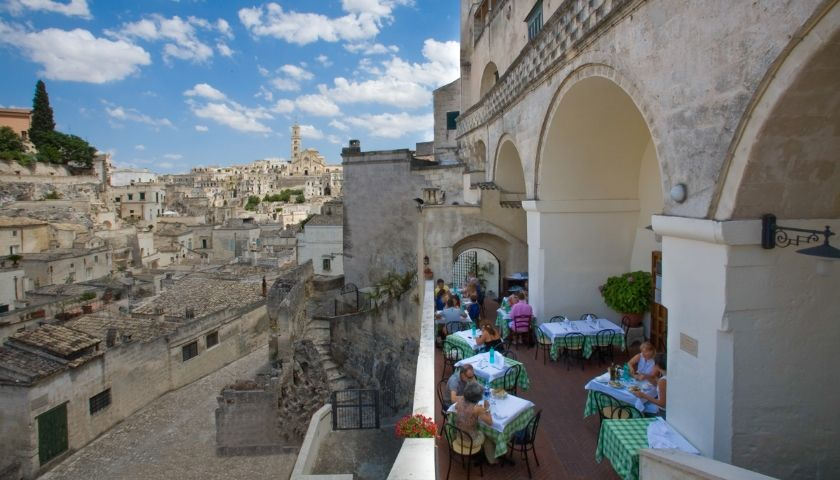 Top 10 Destinations in Puglia for Foodies and Wine Lovers img 75